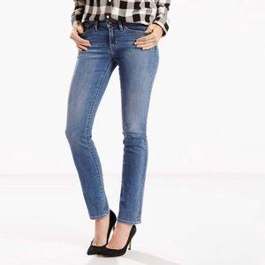 Levi's 712 Slim Jean